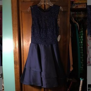 Dresses & Skirts - navy homecoming dress